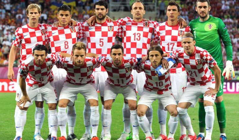 Croatian President Receives World Cup Semifinalist Team