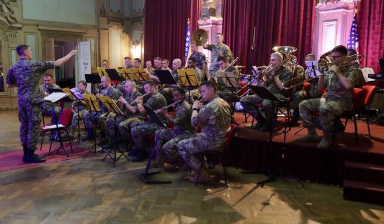 US Army Orchestra Teams Up with Bosnian Army